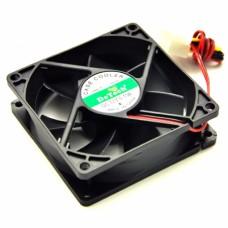 Вентилятор для охлаждения корпуса  DeTech 80mm Black Fan